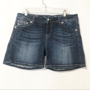 Miss Me Mid-Rise Easy Shorts Size 33